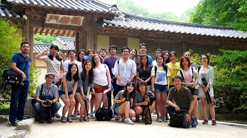 Các bạn du học sinh Việt đang học tập tại Hàn Quốc