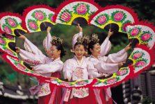 Điệu múa buchaechum hàn quốc