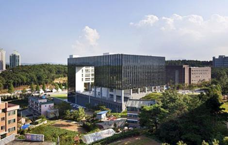 ttrường đại học Chungwoon