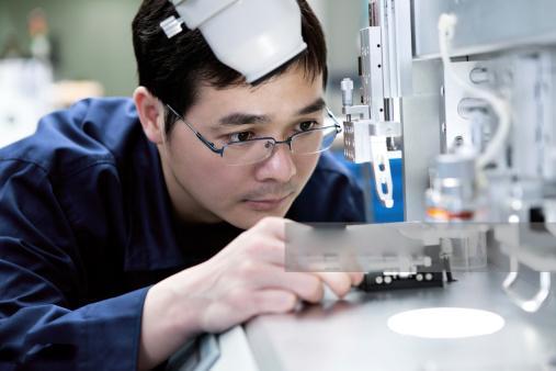 Học nghề điện tử ở Hàn bạn có nhiều việc làm ở khu công nghiệp