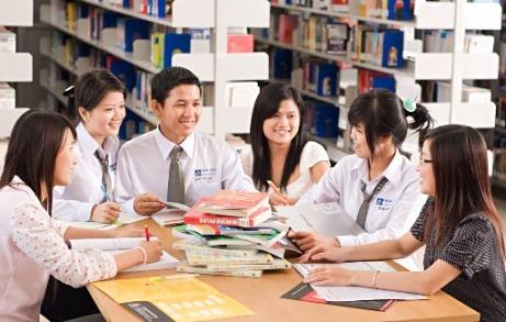 Nền giáo dục Hàn Quốc đào tạo ra rất nhiều nhà kinh tế, nhà quản lý tài giỏi