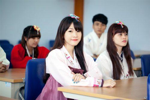 Du học sinh Lựa chọn ngành văn học ngôn ngữ Hàn Quốc