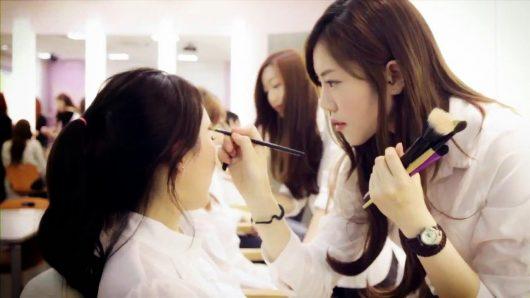 Đi du học nghề làm Make up tại Hàn Quốc