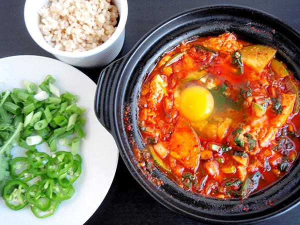 Vì sao vị cay được lên ngôi trong ẩm thực tại Hàn Quốc