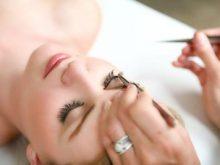 Lựa chọn nghề làm mi mắt để đi du học nghề tại Hàn Quốc, là sự lựa chọn dành cho những ai muốn làm đẹp đôi mắt và muốn tạo ra đôi mắt trở nên biết nói hơn. Bài viết này, công ty chúng tôi sẽ giới thiệu với bạn về nghề làm mi mắt