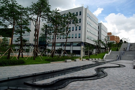 Trường đại học Chongshin