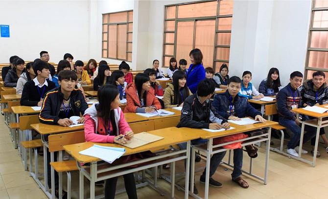 Giáo viên dạy tiếng Hàn tại ở trường đại học Đại Nam HN