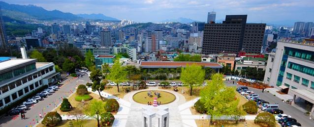 Khuôn viên đại học Dongguk (Seoul Campus - cơ sở chính)