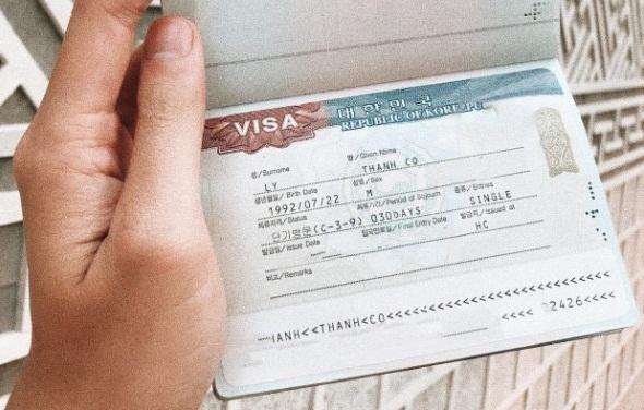 Thủ tục gia hạn thẻ tạm trú cho người nước ngoài mới nhất