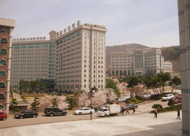 Trường Đại học Baekseok xét học bổng cho sinh viên quốc tế dựa trên thành tích học tập và đề xuất từ khoa