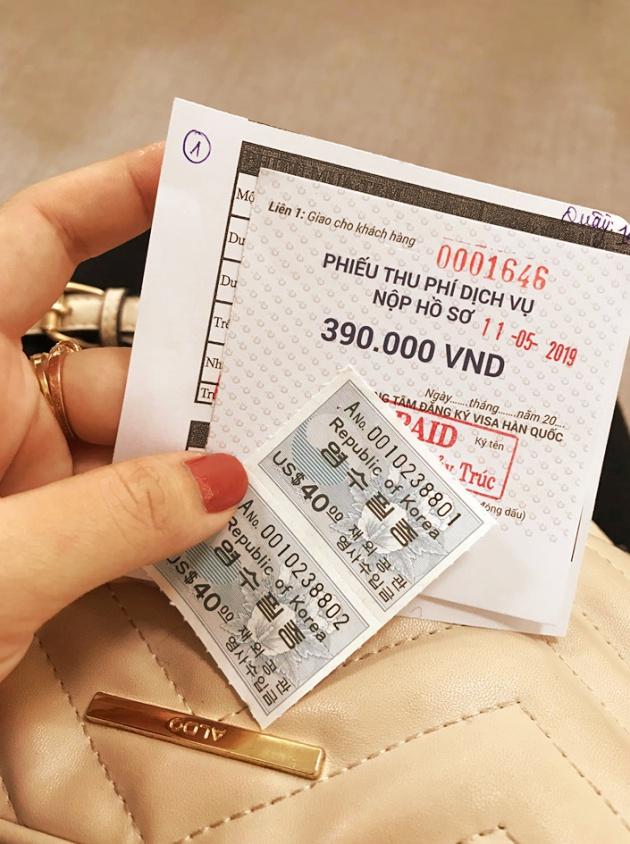 Với mỗi bộ hồ sơ nộp ở Trung tâm Đăng ký Thị thực Hàn Quốc, bạn sẽ phải đóng 390.000 vnđ