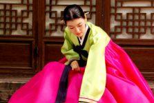 """Hanbok thường được thiết kế """"hẹp trên, rộng dưới"""""""