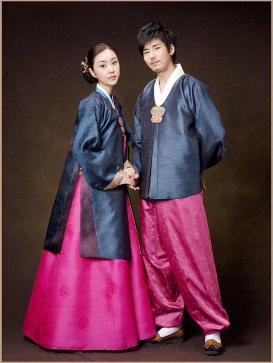 Hanbok chia ra làm 2 loại cho nam và cho nữ