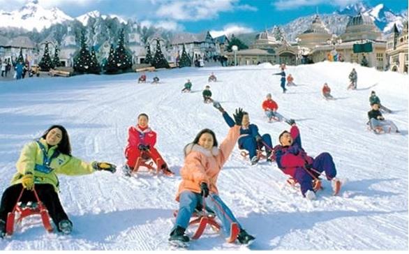 Được trượt tuyết vào mùa xuân khi đi du học Hàn Quốc kỳ tháng 3
