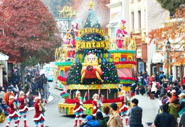 Được vui chơi trong ngày Noel là nét văn hóa Hàn Quốc mới