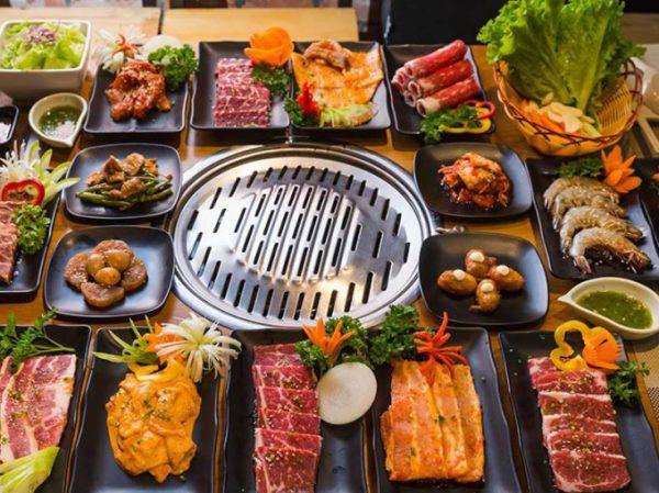 Giới trẻ Việt tìm đến nhà hàng Hàn Quốc ngày càng đông