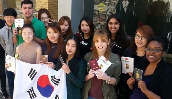 Học bổng du học Hàn Quốc rất dễ có nếu bạn học tốt tiếng Hàn