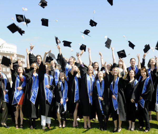 Du học Hàn Quốc sau đại học sẽ có nhiều thời gian đi làm thêm