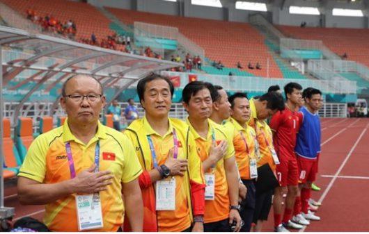 Huấn luyện viên người Hàn và ban trợ lý đều rất thành công khi đến Việt Namcủa mình