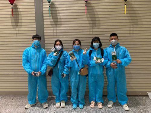Học sinh Knet nhập học mùa dịch
