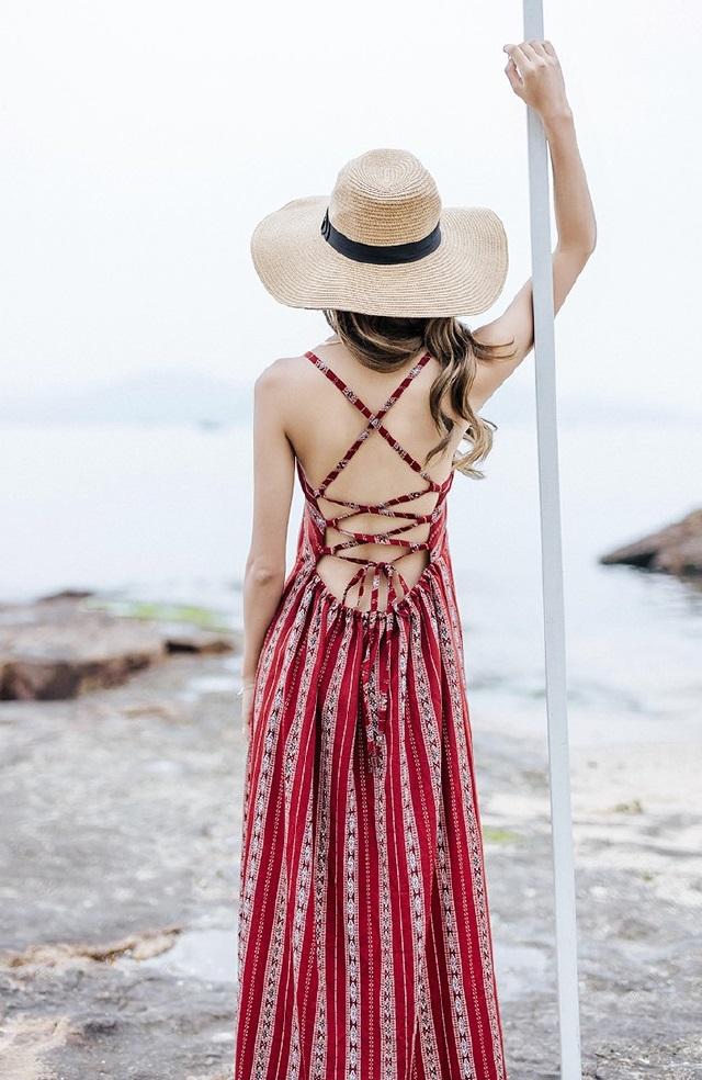Đầm maxi nữ thiết kế lưng đan dây quyến rũ phối hoạ tiết kẻ sọc