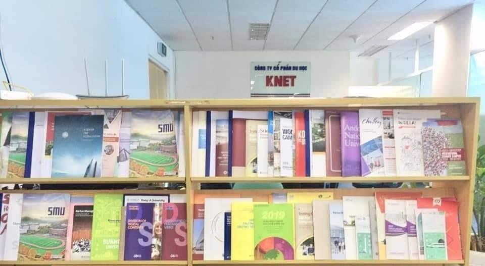 Một góc văn phòng trung tâm Du học KNET