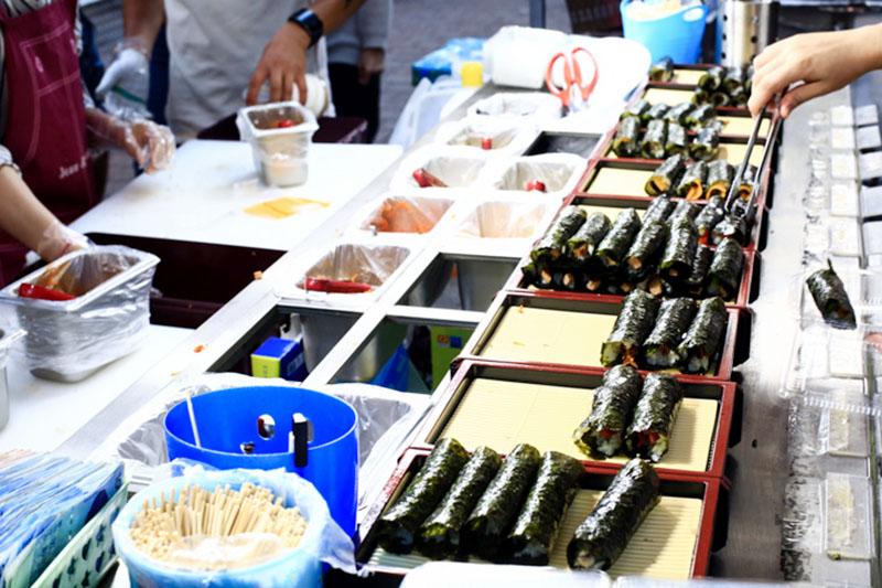 Kimbap là một trong những món ăn phổ biến