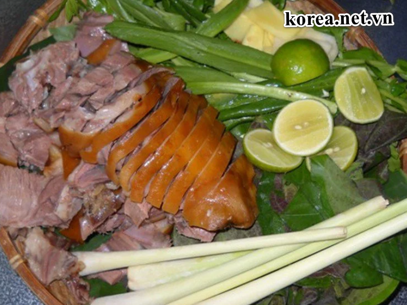 Vì sao Thịt Chó Ở Hàn Quốc được xem là món ăn bổ dưỡng