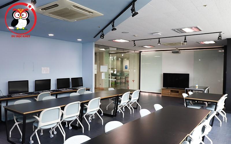 Phòng sinh hoạt chung của đại học Woosong xịn xò thế