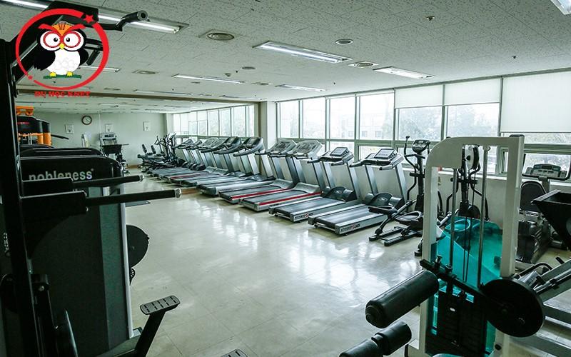Phòng tập GYM của Woosong Univ đầy đủ phục vụ sinh viên